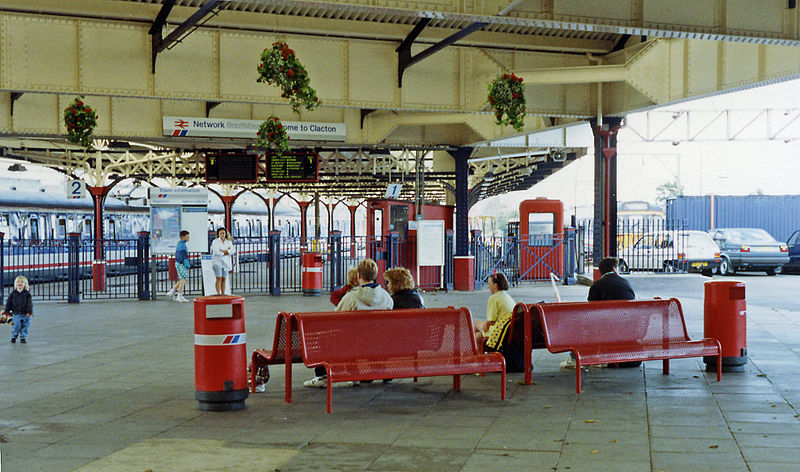 Clacton Station in more recent times courtesy of Wikemedia.