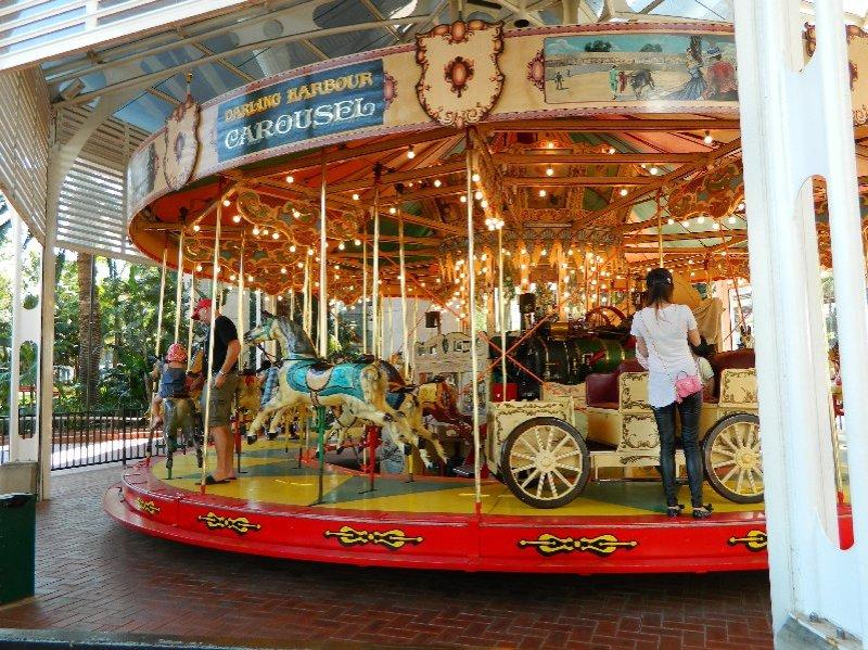 Darling carousel-01