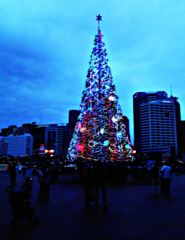Darling Harbour, Sydney December 2012
