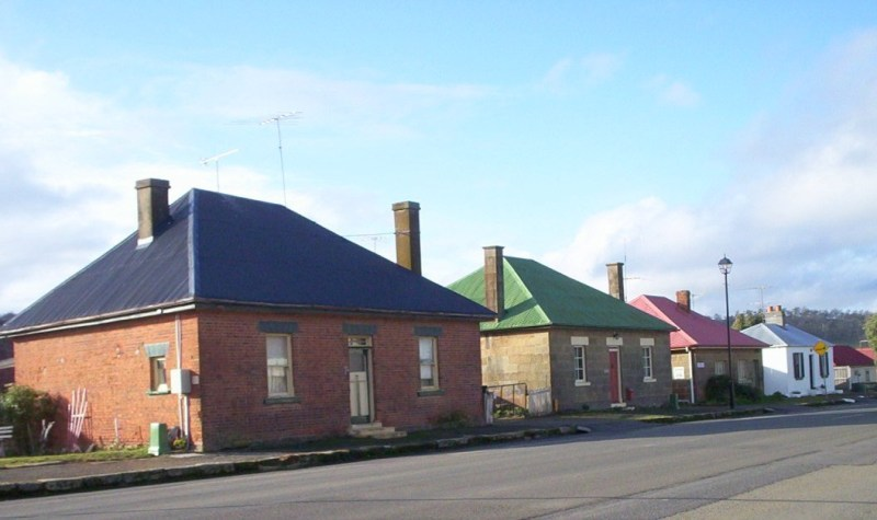 image Georgian cottages Oatlands TAS