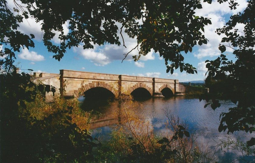 image Ross Bridge