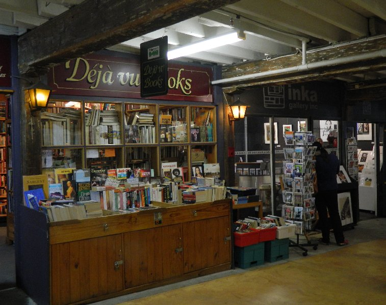 Deja Vu, second hand bookshop near Salamanca Place, Hobart.
