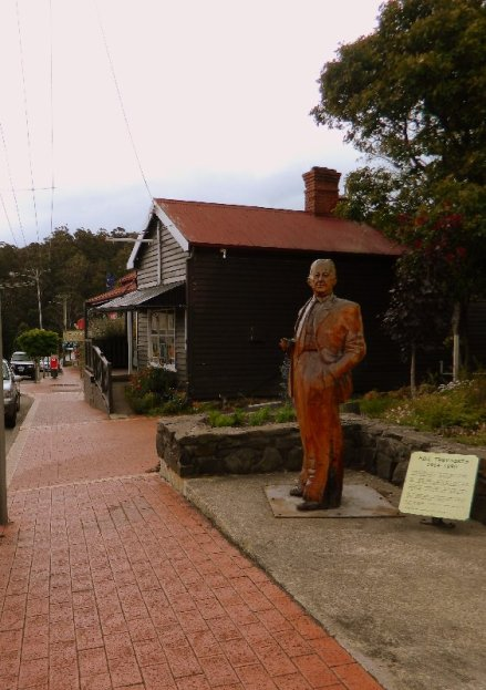 Wooden carvings are located around Church Street and other parts of the town.
