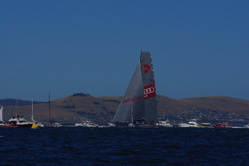 Wild Oats XI arrives in Hobart 30 Dec 2014. Photo by Bruce Laughton