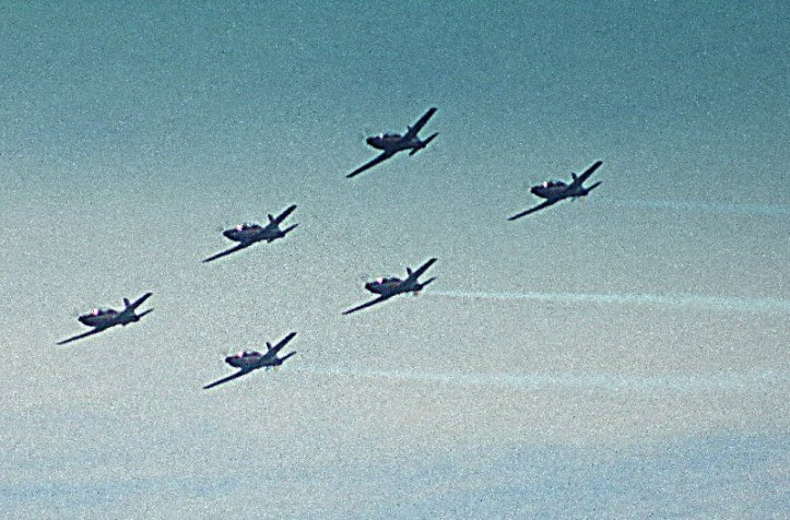 The Roulettes in flight.