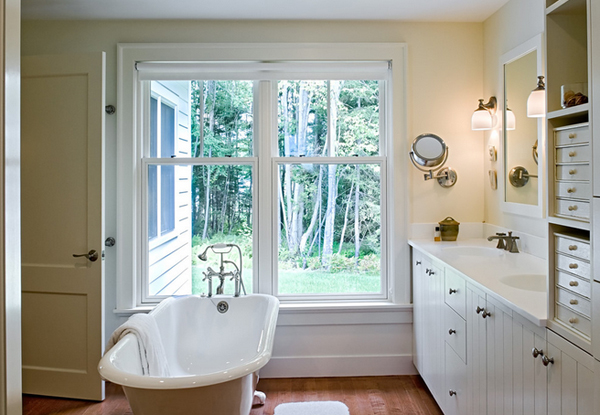 Title : Charming Farmhouse Style Bathroom Design with White Clawfoot Bathtub and Double Sink Bathroom Vanity also Two Wall Mount Lamp and Wooden Floor Size : 600 x 415 Format : image/jpeg Img via : homedesignlover.com Author : Thea Date : 02 January 2015