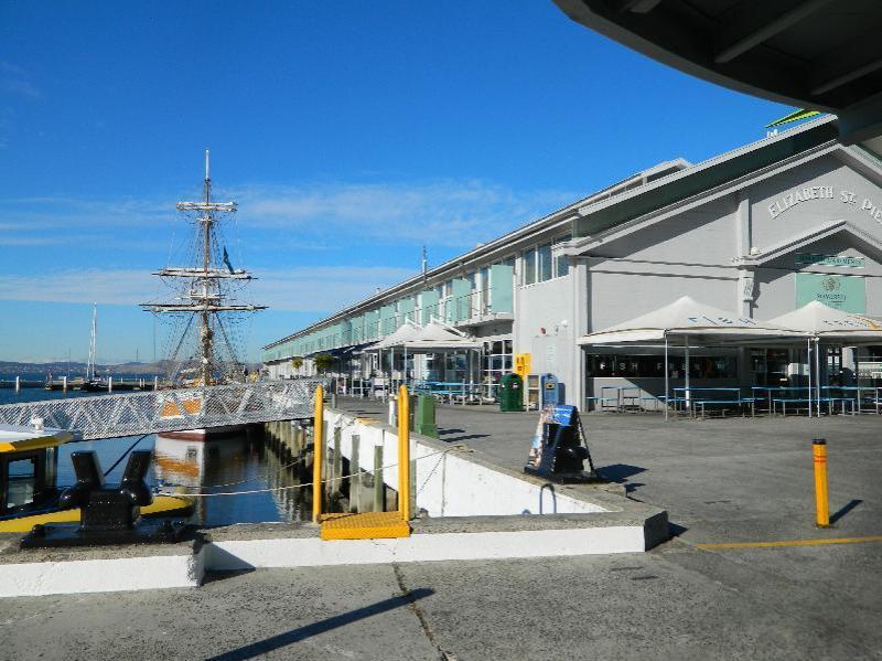 Elizabeth St Pier, Hobart
