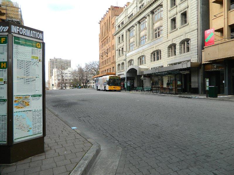 Elizabeth St, Bus Mall