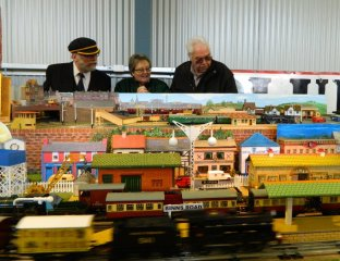 Model Railway enthusiasts at the Hobart Model Train Show 2015