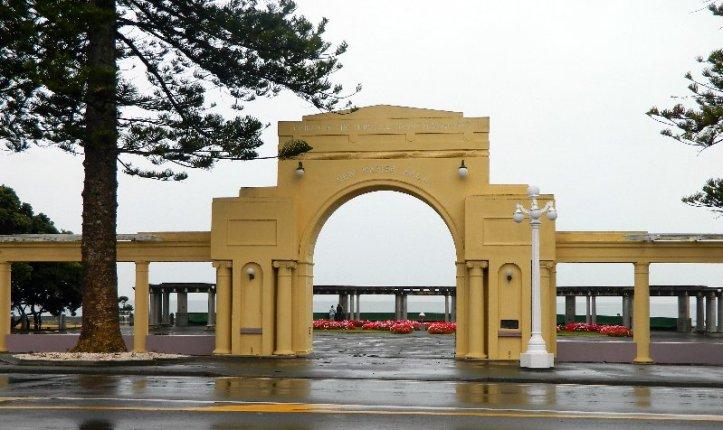 Sea front Napier