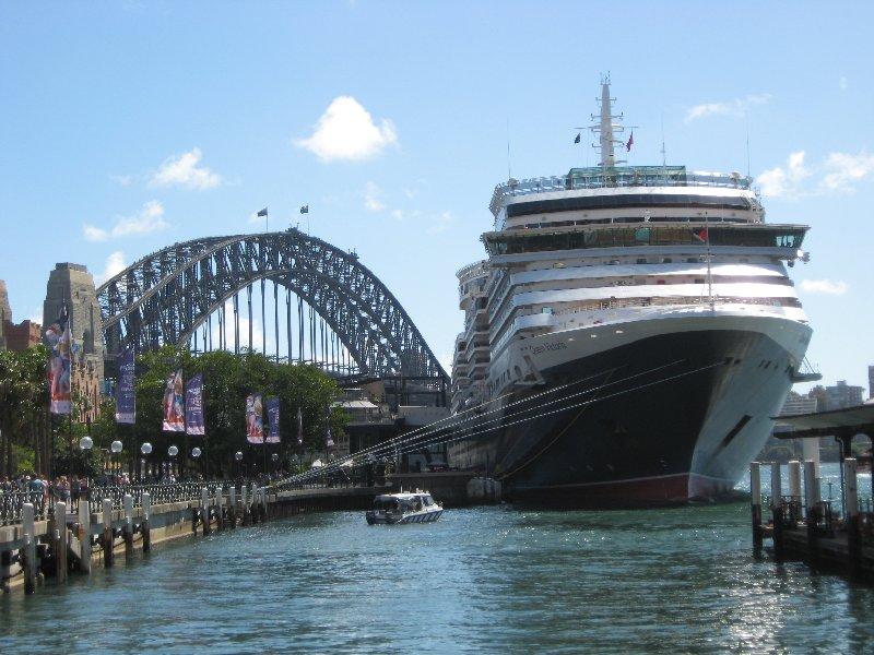 Queen Victoria, Sydney , March 2016