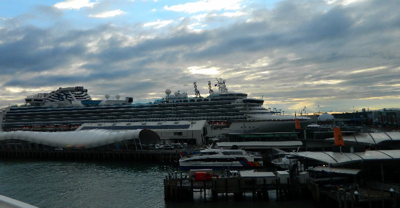 Diamond Princess, Auckland.