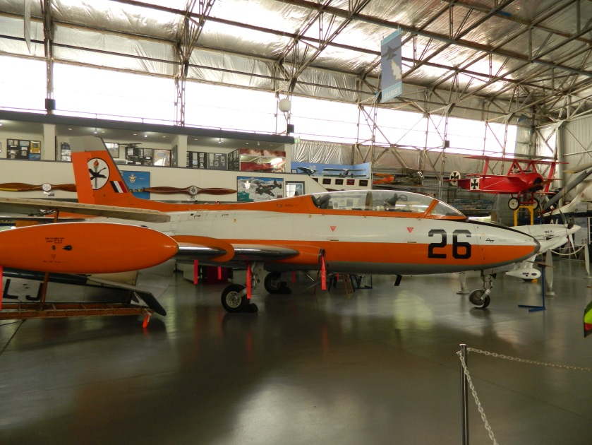 AERMACCHI MB-326H/CAC CA-30  A7-026  Single engine military jet trainer