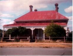 Villa home with return verandah.