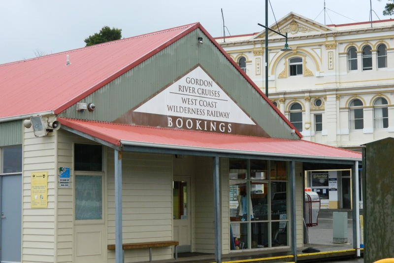 Cruise Booking Office