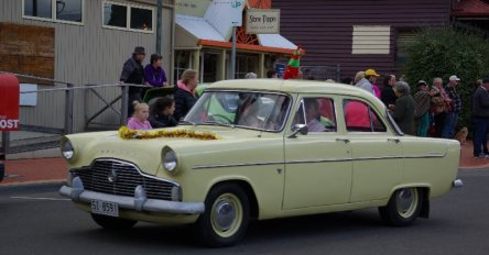 Either a Ford Zephyr or a Zodiac. at the Geeveston Christmas Parade