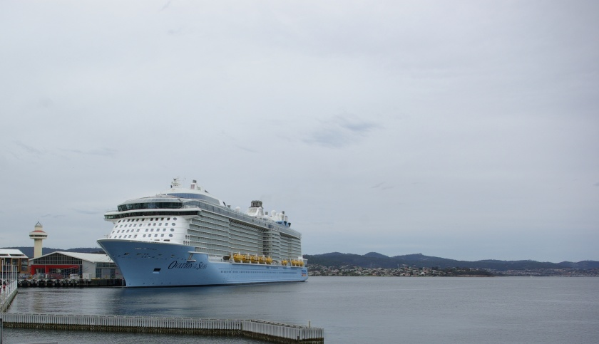 Ovation of the Seas - Hobart ,13 Dec 2016