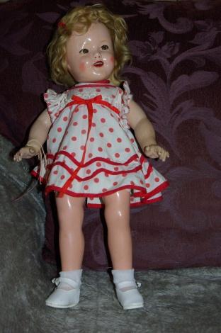 Compostiion Shirley Temple doll c 1935