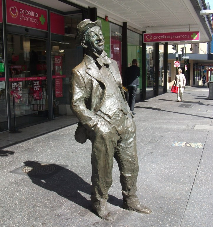 Statue of Australian Comedian Roy Ren