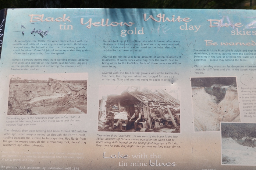 Interpretive sign Little Blue Lake.