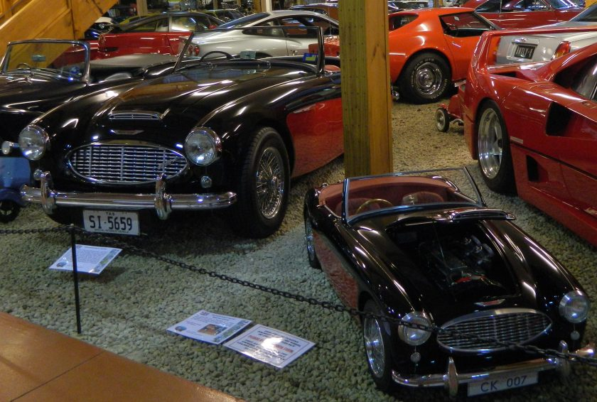 MG and Mini MG at the motor museum in Launceston
