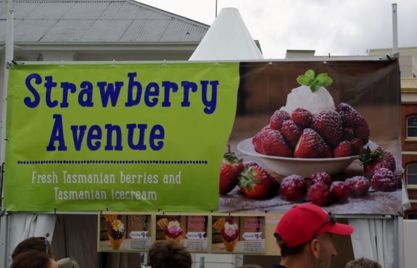 Ice cream stall sign
