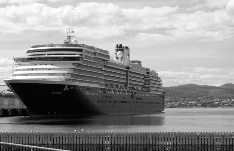 Cruise ship Noordam in Hobart