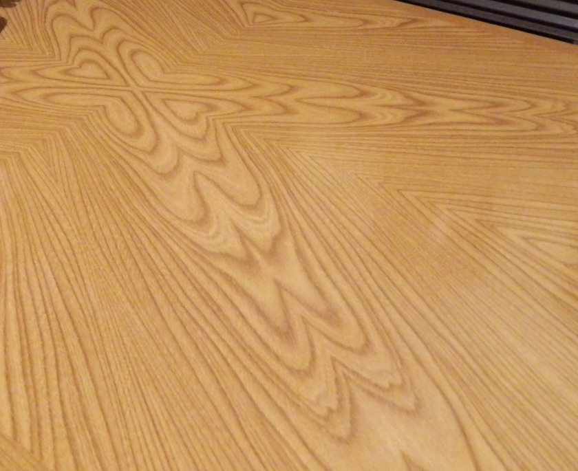 woodgrain on table