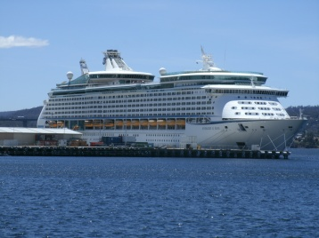 Voyager of the Seas at Hobart in 2016
