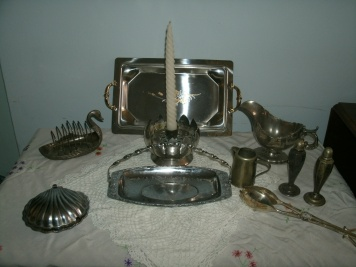 Some of my vintage silverware and metalware bits and peices
