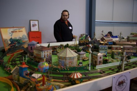 More trains by Triang Hornby