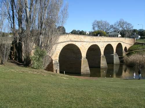 Armchair Travel:Richmond Tasmania