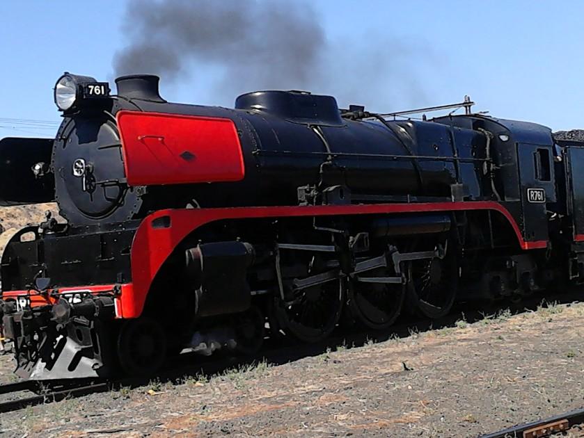 VR R Class 761