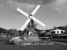 This small windmill was in a park at Ulverstone Tasmania and was a gift to the people there from the Dutch.