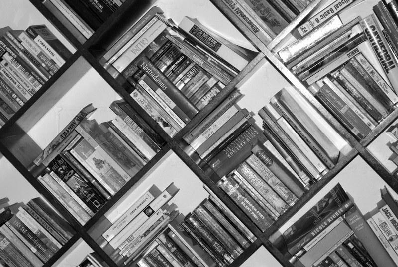 Cee's Black & White Photo Challenge: Any Kind Of GeometricShape