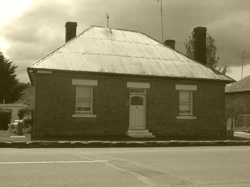 Red brick cottage