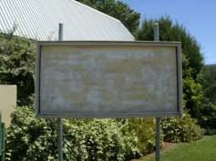 Empty Notice Board!