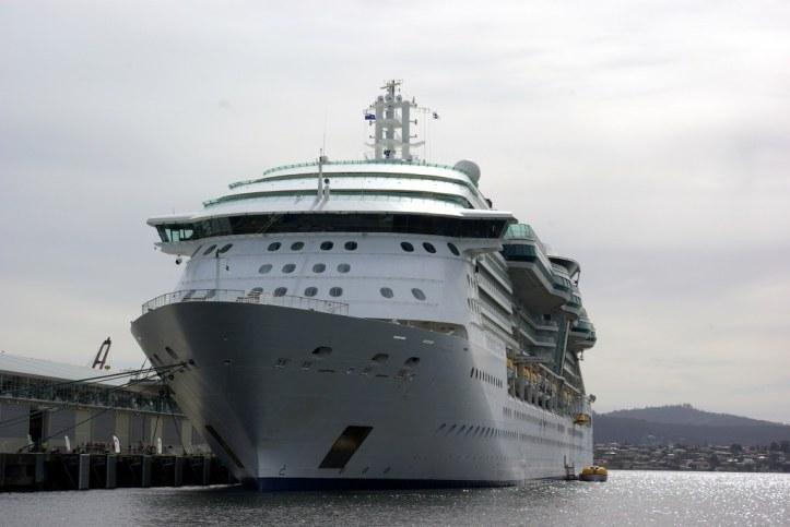 Radiance of the Seas - Hobart 15 December 2017