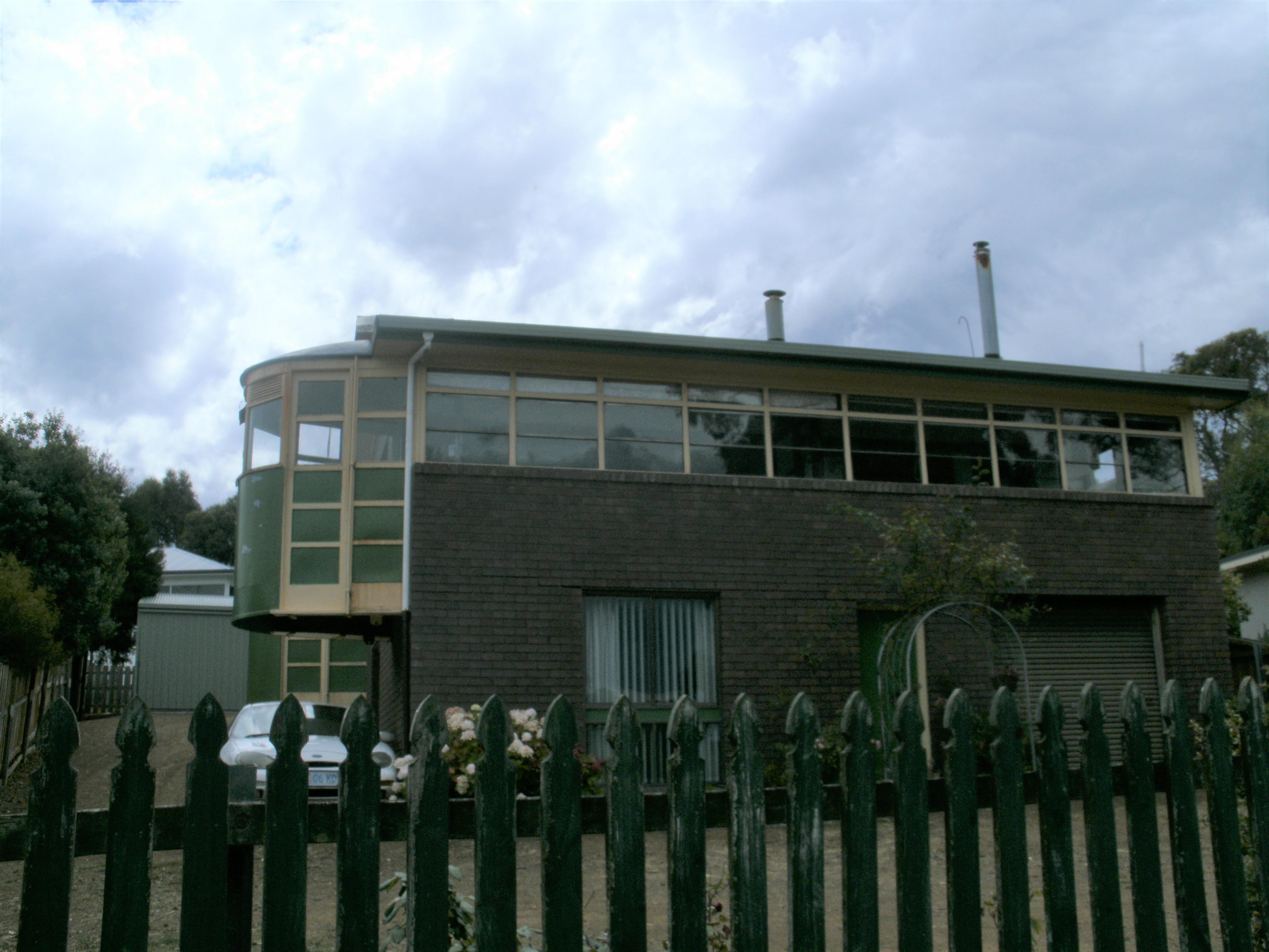 Snapshot Sunday : Tram House