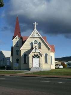 _copie-0_Penguin Church