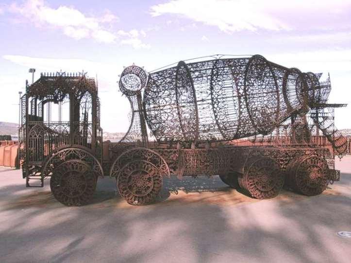 _copie-0_Metal Cement Truck_InPixio